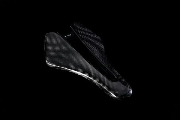 Dila time trial carbon saddle wide Gloss